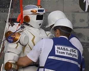Japanese Schaft robot leaves rivals for dead to win ...