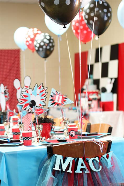 Amanda's Parties To Go: Bowling Party Dessert Table