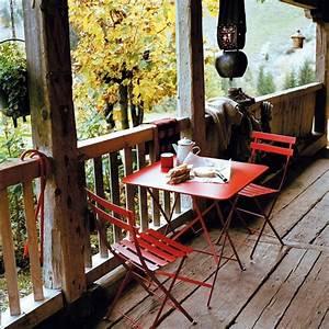 Salon De Jardin Pliant : salon de jardin acier pliant bistro coquelicot fermob ~ Teatrodelosmanantiales.com Idées de Décoration