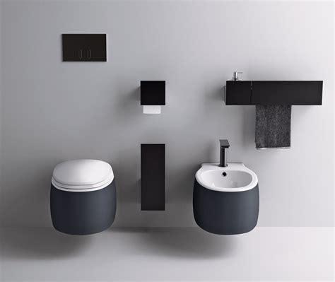 Artedomus: Sen Toilet Brush Holder