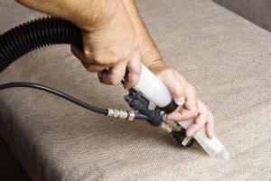 sofa reinigen sauger couch reinigen die 11 besten tipps tricks