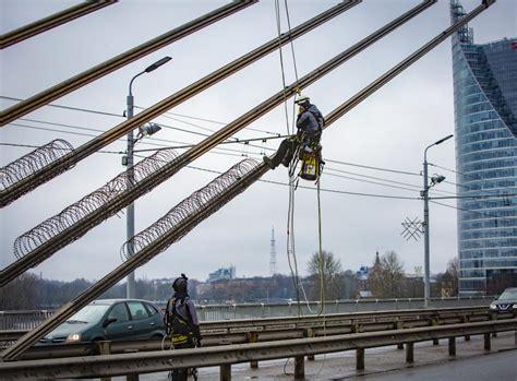 Rīgas grūstošie tilti: kur notiek būvdarbi, kas tiks ...