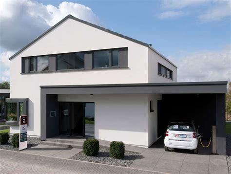 Moderne Häuser Mit Eckfenster by Bien Zenker Musterhaus Concept M 172 In K 246 Ln Frechen
