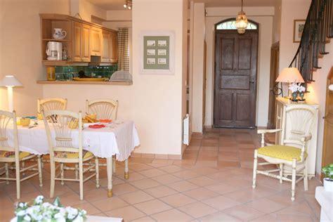 chambre avec provence duplex avec deux chambres dans résidence avec piscine t3