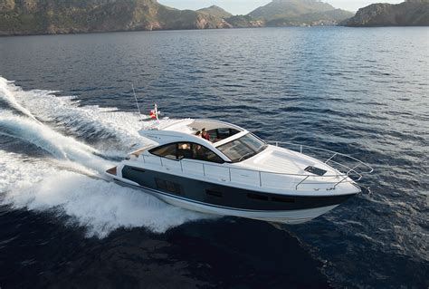 fairline yachts squadron  flybridge    targa