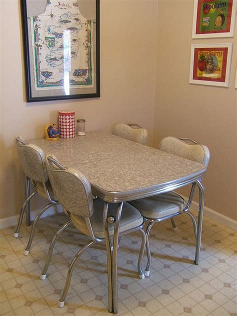 Vintage Dinette Set Small Dining Tables Images 2A   Home
