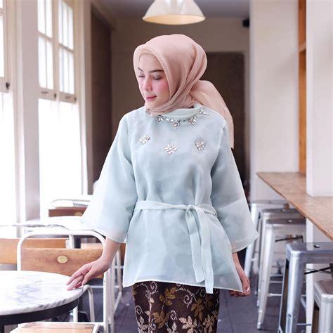 gaya hijab organza ala hijabers   hits kamu