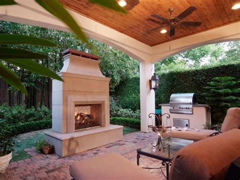 Best 25+ Outdoor Gas Fireplace Ideas On Pinterest