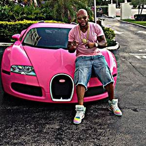 Flo Rida Turns His Bugatti Pink | Celebrity Cars Blog