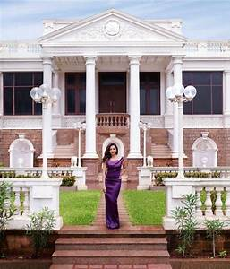 WHAT? Shah Rukh Khan's house Mannat originally belongs to ...