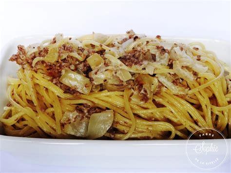 cuisiner un steak spaghettis crème viande oignons la tendresse en cuisine