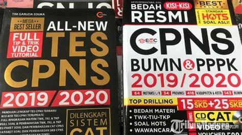 Berikut adalah kumpulan buku soal tes cpns 2019/2020 terbaru yang dapat anda download secara gratis (free). Harga Buku Cpns 2019 Di Gramedia - Info Berbagi Buku