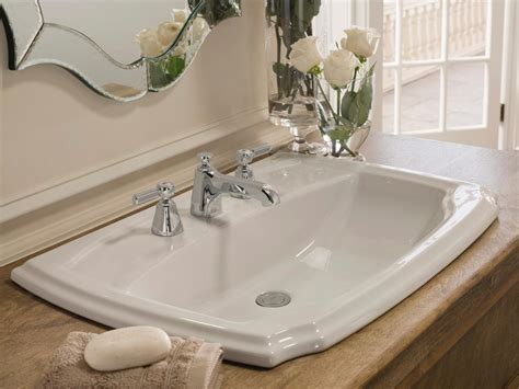Best Bathroom Faucets   (Ultimate Guide & Reviews 2017)