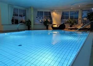 Pool Kosten Im Jahr : pool bauen kosten 2019 im berblick was kostet ein pool ~ Watch28wear.com Haus und Dekorationen
