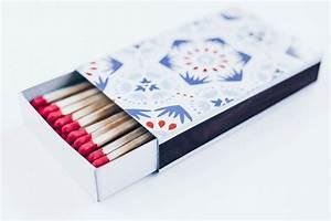 Match Die Bilder : box of matches isolated on white background creative ~ Watch28wear.com Haus und Dekorationen