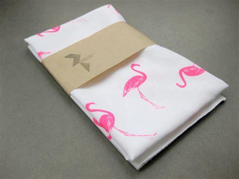 cuisine flamant des flamants roses dans la déco flamingo and towels