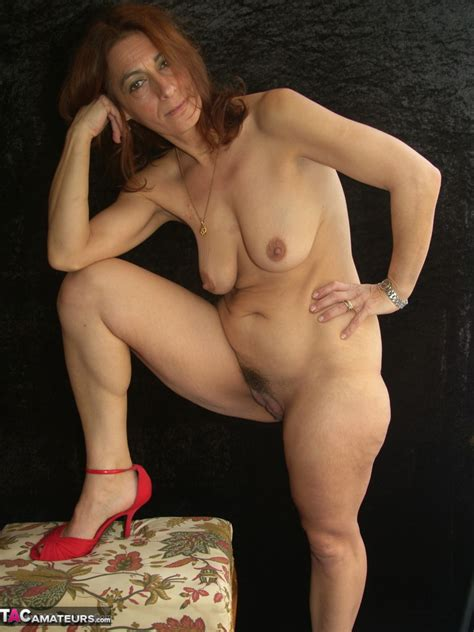 Jolanda Red Lust Free Pic 12