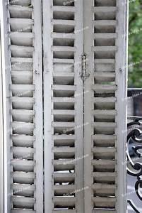 Decaper Volet Bois Lasure : dcaper des volets en bois peints amazing liste de fournitures pour poncer un volet with dcaper ~ Nature-et-papiers.com Idées de Décoration