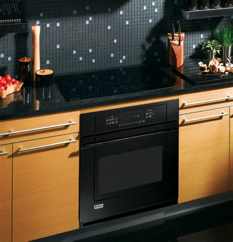 zhurbmbb ge monogram  induction cooktop black