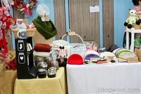 fall craft fair ideas craft fair tips and lessons learned one woof 4408