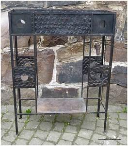 sehr schone eiserne jugendstil blumenbank aus metall With französischer balkon mit garten metalltisch