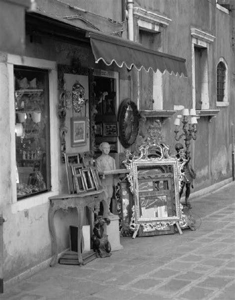antique shops ideas  pinterest vintage shop display display ideas  antique