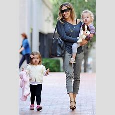 Best 25+ Stylish Mom Outfits Ideas On Pinterest Casual