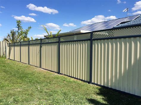 fencing photos colorbond fences in gold coast qld and helensvale qld fencescape fencing