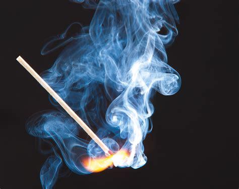 Feuer Und Rauch Foto & Bild  Archiv  Kritik Am Bild