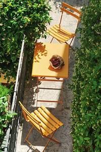 Lösungen Für Kleine Balkone : deko idee f r kleine balkone bistrom bel in fr hlichen farben ~ Bigdaddyawards.com Haus und Dekorationen