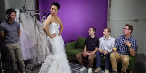 Wedding Dresses For Men : This Is What Happens When Guys Try On Wedding Dresses