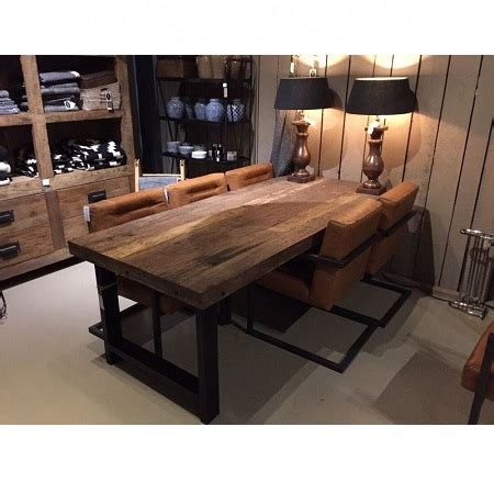 interieur ideeen robuust industriele meubelen blockdesign