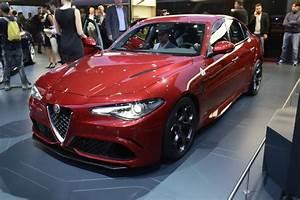 Alfa Giulia Prix : alfa romeo giulia qv comes alive in new image gallery and videos carscoops ~ Gottalentnigeria.com Avis de Voitures