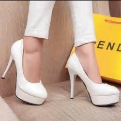 chaussure blanche mariage chaussures blanches talons mariée soirée mariage blanc achat vente escarpin soldes d été
