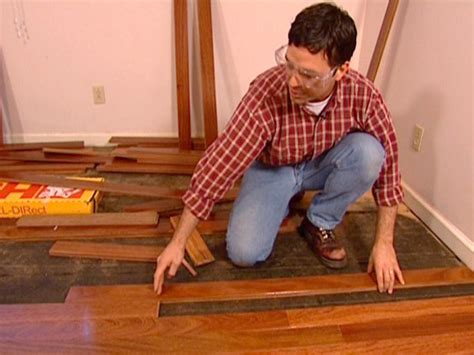 installing hardwood floors yourself hardwood floor diy installation ideas diy
