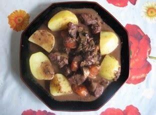 cuisiner la biche rôti de biche aux chignons des bois recette de rôti