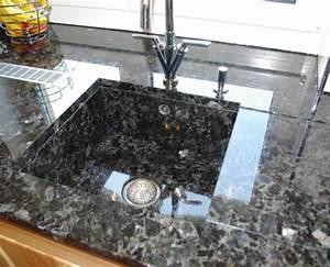 Granit Arbeitsplatten Küche Vor Und Nachteile : granit arbeitsplatten individuell gefertigt natursteindesign rompf ~ Eleganceandgraceweddings.com Haus und Dekorationen