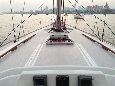 Sailing Boat Price In India by Sailing At Gateway Of India Mumbai Grand Soleil 45 Yacht