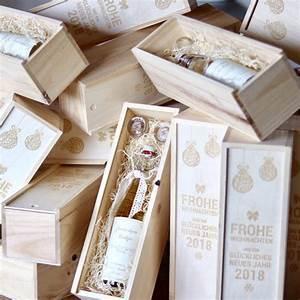 Schnapsglas Mit Gravur : set aus weinflaschenbox und schnapsglas mit gravur lasergravur m ~ Markanthonyermac.com Haus und Dekorationen