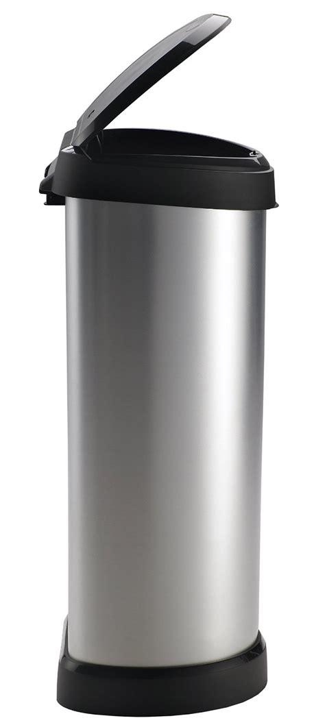 poubelle cuisine curver notre avis sur la poubelle curver touch de 40l
