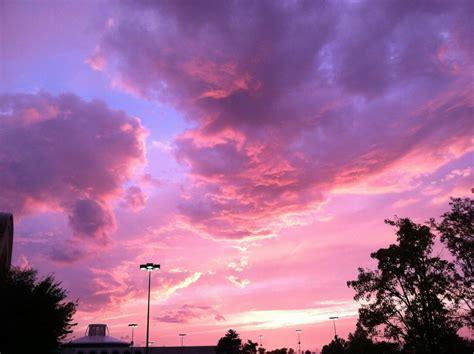 Pin de Bia Celgas em Tumblr | Céu roxo, Céu cor de rosa ...