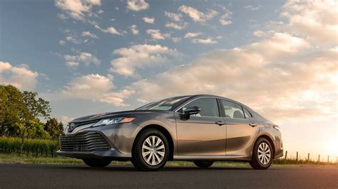 Most Efficient Hybrid by 10 Most Fuel Efficient Hybrid Cars Of 2018