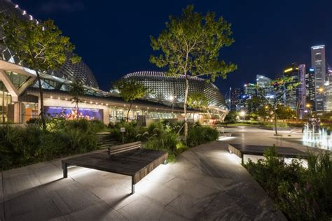 city park water and light installation is here at luminaires 187 retail design Inspirational