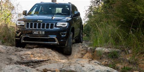 jeep cherokee black 2016 2016 jeep grand cherokee overland review caradvice