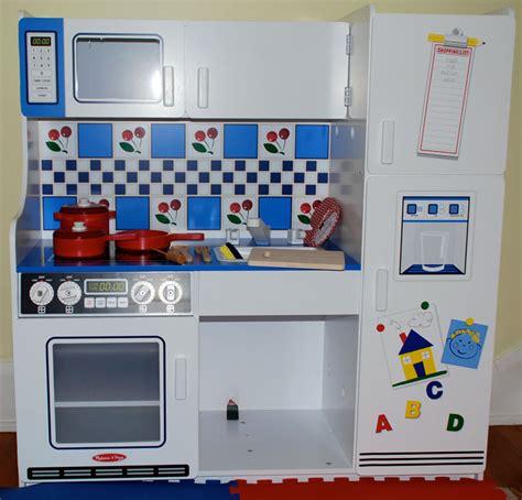 and doug play kitchen doug classic deluxe kitchen