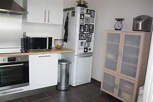 cuisine blanche bois et inox photo 2 6 3509187 With cuisine bois et blanche
