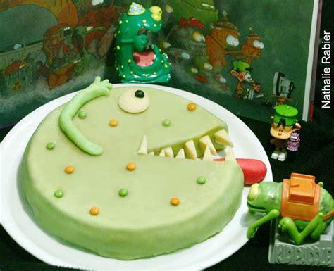 gateau pate a sucre vert les recettes de nath recettes de cuisine g 226 teaux rigolos et originaux d anniversaire cuisine