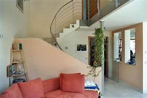 Treppe Im Wohnzimmer : offene treppe im wohnzimmer ~ Lizthompson.info Haus und Dekorationen