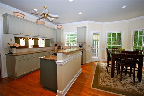 kitchen photos with island 4 bedroom home for in providence plantation 5521