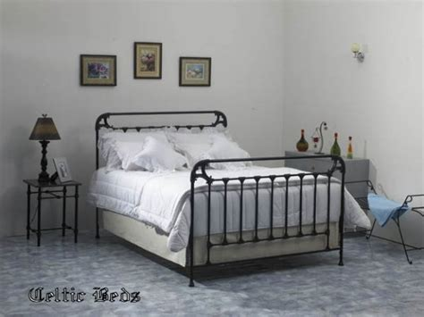 lit fer forge beds of iron wrought iron beds from celtic beds the page